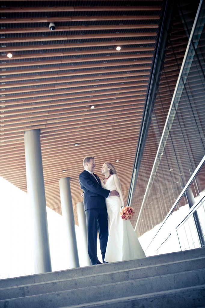 wedding photography, vancouver convention centre, urban
