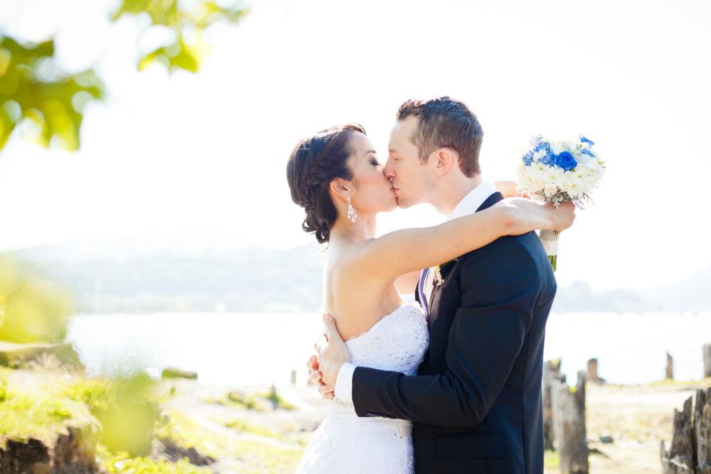 shoreline park port moody wedding photo