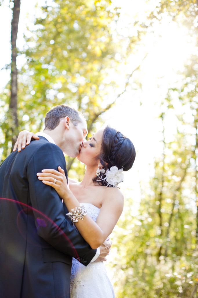 wedding couple kiss in port moody