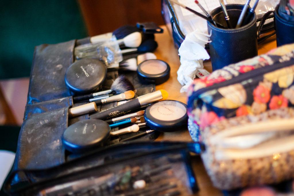 getting ready photos, wedding makeup